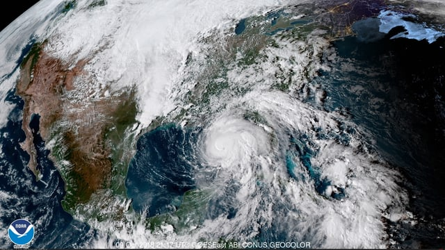 Purtret da satellit dal hurrican Michael che sa mova en direcziun Florida.