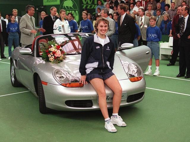 Martina Hingis nach ihrem ersten Turniersieg auf WTA-Stufe 1996 in Filderstadt.