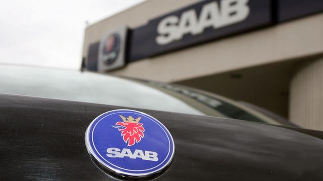 Saab-Auto vor Saab-Halle