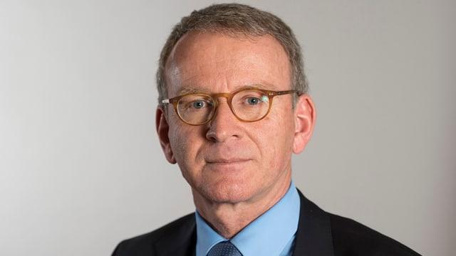 Ein Portrait Adrian Lobsiger.