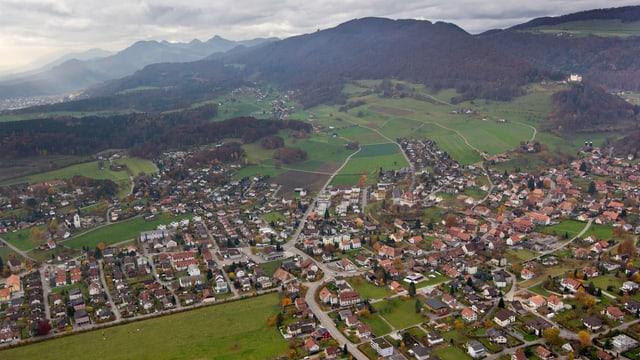 Luftaufnahme von Lostorf aus dem Jahre 2010.