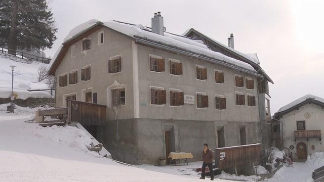 La fin dal mais october serra l'Hotel Piz Tschütta la gestiun.