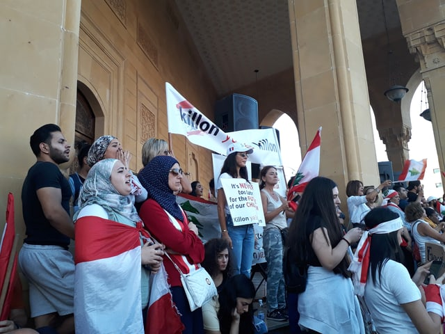 Protestierende Frauen in Libanon