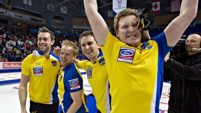 Riesenjubel bei den Schweden nach dem Sieg über Kanada.