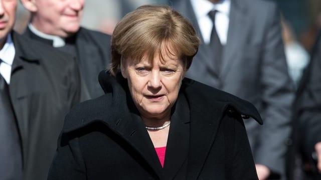 Angela Merkel al funeral.