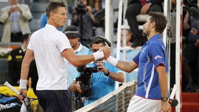 Gegen Tomas Berdych weist Stanislas Wawrinka (rechts) eine positive Bilanz auf.