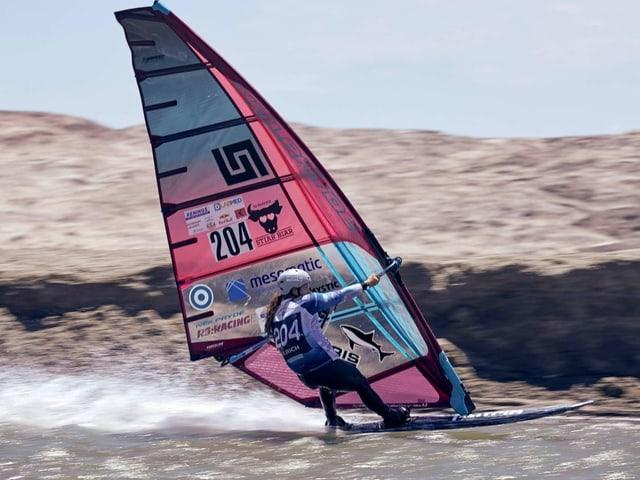 Speedsurferin Heidi Ulrich.