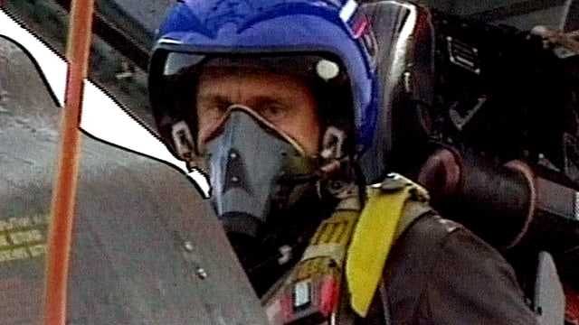 Putin im Kampfjet.