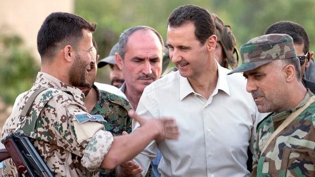 Assad cun tranter militars.