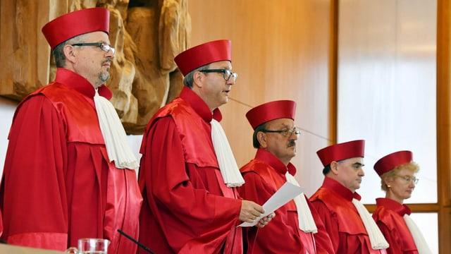 Vier Richter und eine Richterin des deutschen Verfassungsgerichts