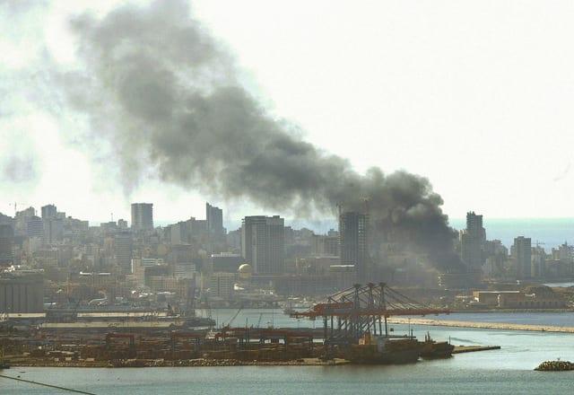 Rauch über Explosion in Beirut