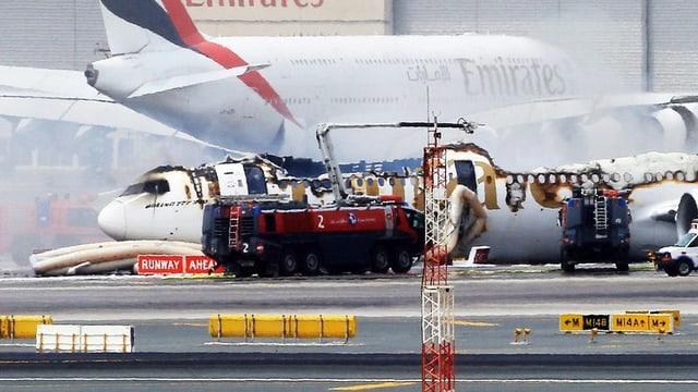 eroplan stizzà sin la plazza aviatica a Dubai