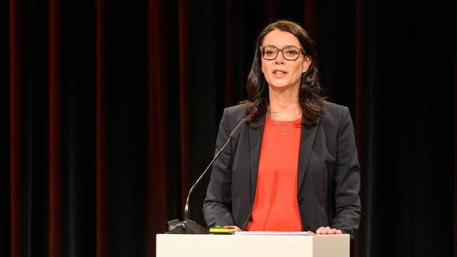 SRF-Direktorin Nathalie Wappler präsentiert Ergebnisse zum Transformationsprojekt «SRF 2024».