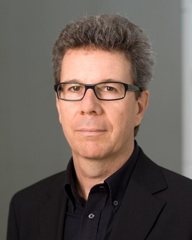 Heinz L. Jeker.