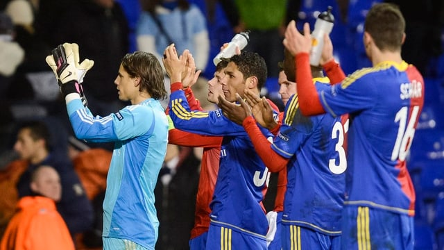 Am Samstag werden sich in Basel Spieler und Fans gegenseitig feiern.