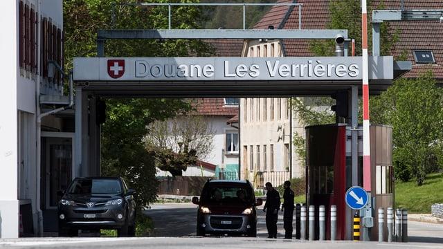 post da duana a Les Verrières NE