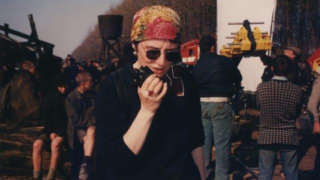 Giorgia De Coppi auf einem Filmset in der Ukraine.