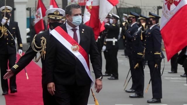 Zu sehen Perus Interimspräsident