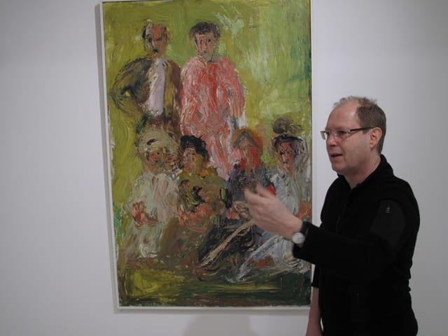 Matthias Haldimann vor dem Bild «Gruppenbildnis mit Schönberg» von Richard Gerstl