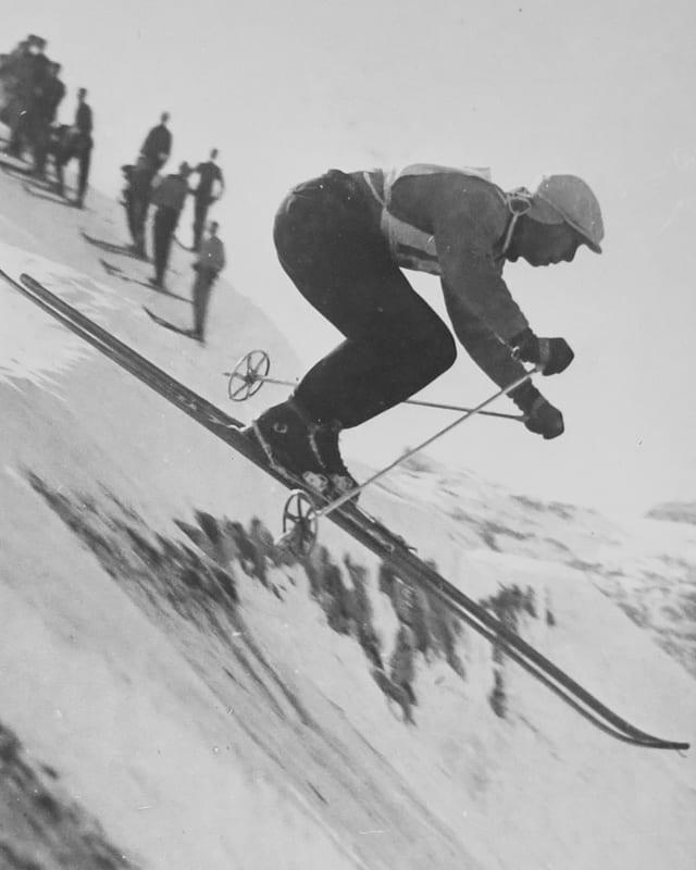 Aufnahme von Karl Molitor beim Skifahren.