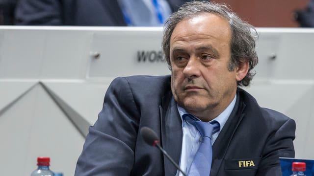 Michel Platini al congress da la Fifa a Turitg 2015