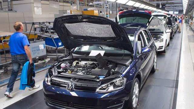 Auch Deutsche Autos könnten von Trumps' Zöllen betroffen sein.