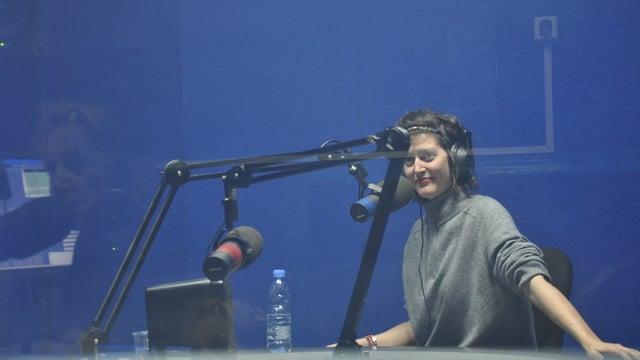 Bianca Mayer en in'intervista d'inura tar il Radio Liban a Beirut.