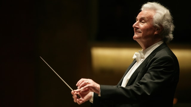 Dirigent Colin Davis.