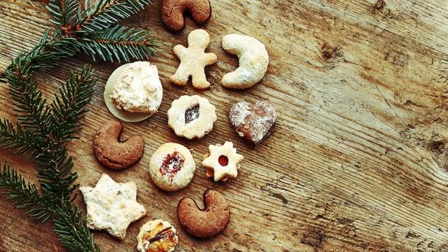 Eine schöne Auswahl an Weihnachtsguetzli.