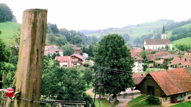 Blick auf das Dorf Hergiswil am Napf