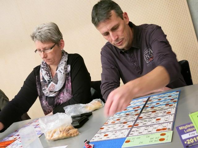 Stefan Fritz spielt konzentriert.