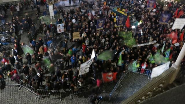 Demonstrationszug von oben