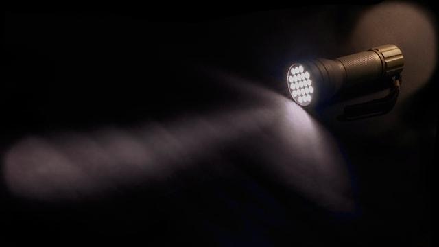 Taschenlampe.