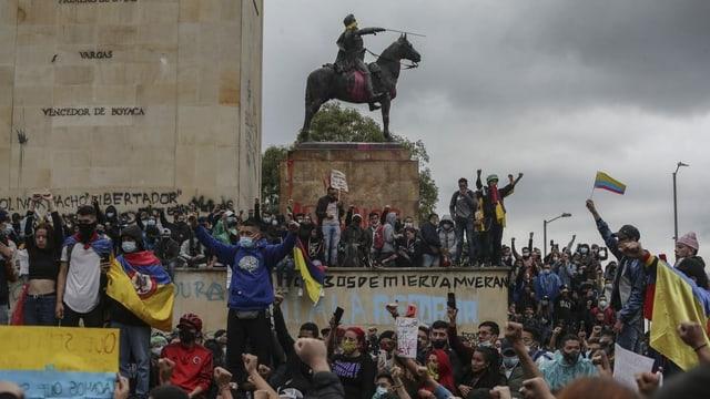 Kolumbien: Präsident verspricht Gratis-Studium für Arme
