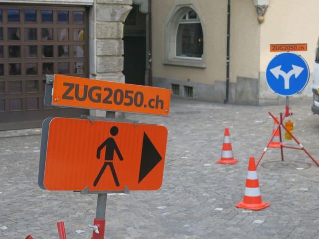 Schilder mit dem Hinweis Zug2050