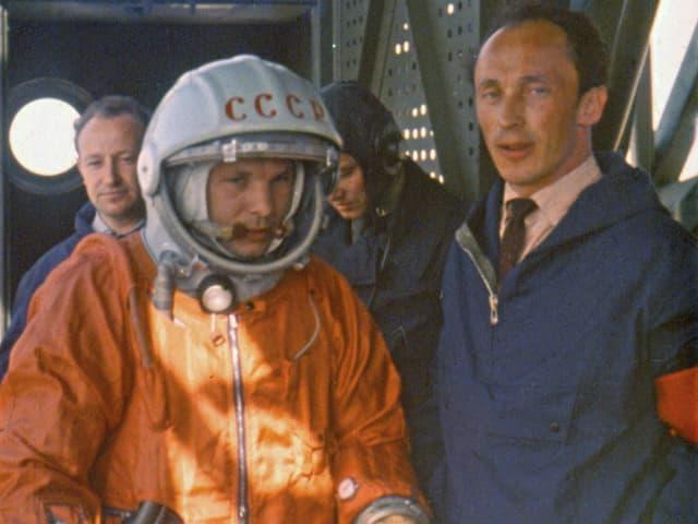 Juri Gagarin vor seinem Start.
