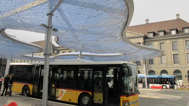 Bus am Bahnhof Aarau