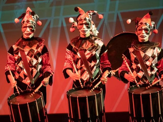 Die jungen Tambouren der Basler Trommelakademie begeisterten mit ihrem Auftritt.