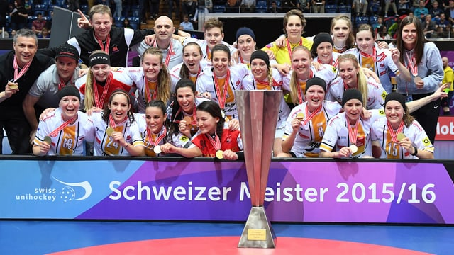 Piranha Cuira tar il titel da campiun svizzer 2015/2016