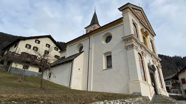 La baselgia da Muldain sieva la restauraziun e sieva il terratrembel dal november 1991.
