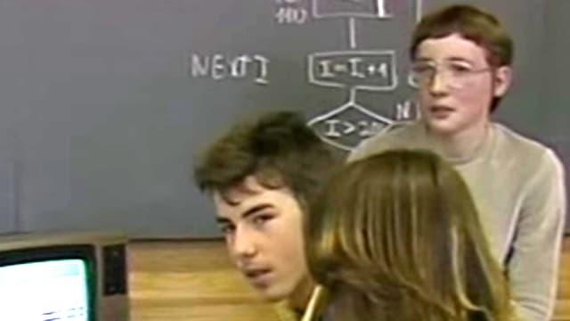 Das Bild zeigt den jungen Piero Stinelli mit seinem zukünftigen Mitarbeiter (mit Nerd-Brille).