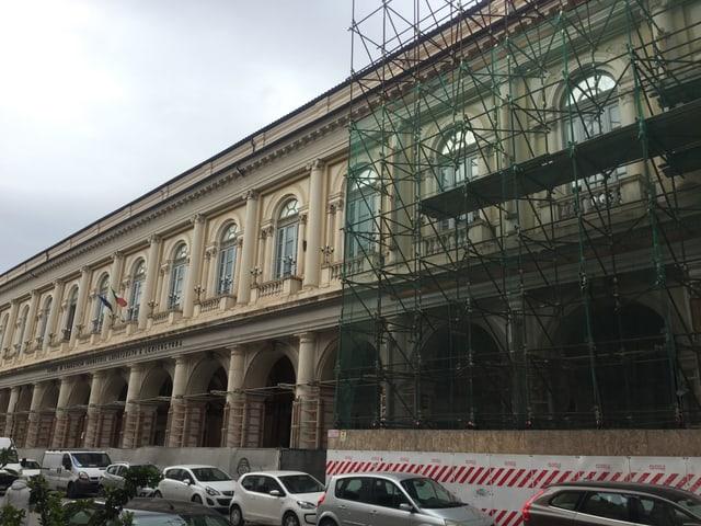 Palazzo, z.T. eingerüstet