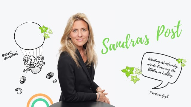 Porträt von Sandra Schiess mit grafischen Elementen, auf einem steht «Sandras Post».