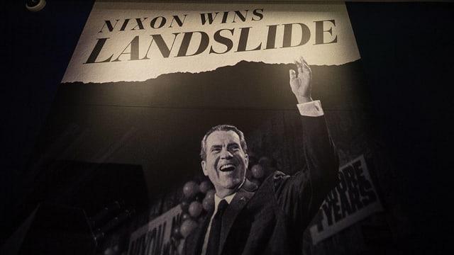Nicon wins landslide steht über einem Foto von Nixon.