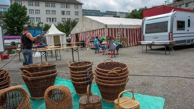 Kinder spielen an den Zigeunerkulturtagen 2015.