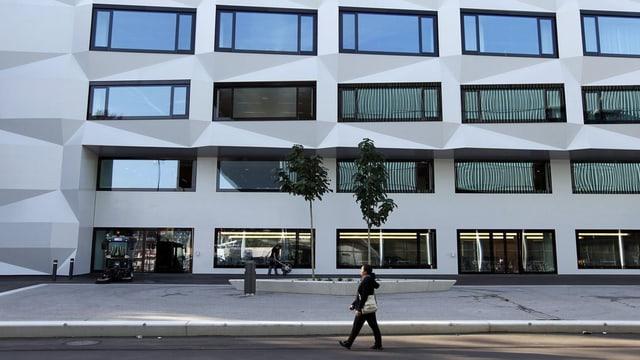 Blick zur Universität Luzern