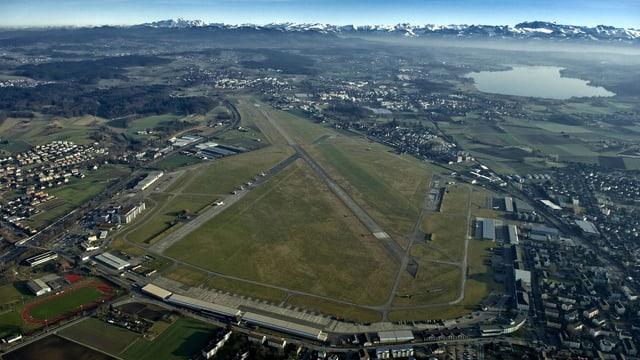 Militärflugplatz Dübendorf von oben