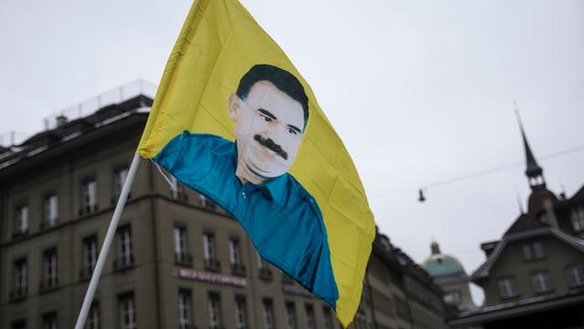 Kurden protestieren für die Freiheit von Abdullah Öcalan (Februar 2015 in Bern).