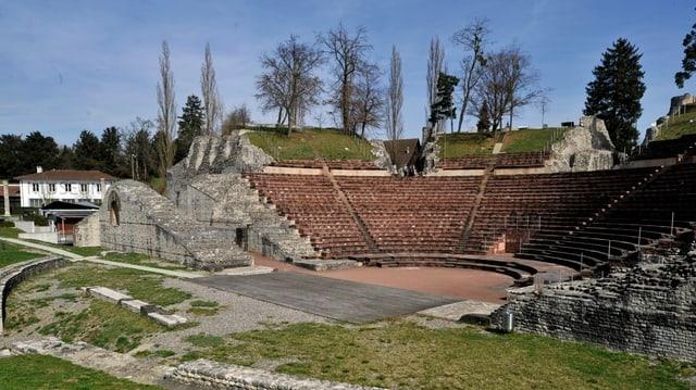 Ein Blick auf das Amphitheater von Augusta Raurica