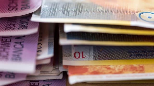 Schweizer Geldscheine.